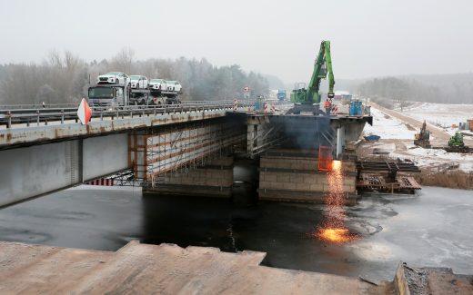 Bild von den Bauarbeiten an der Petersdorfer Brücke