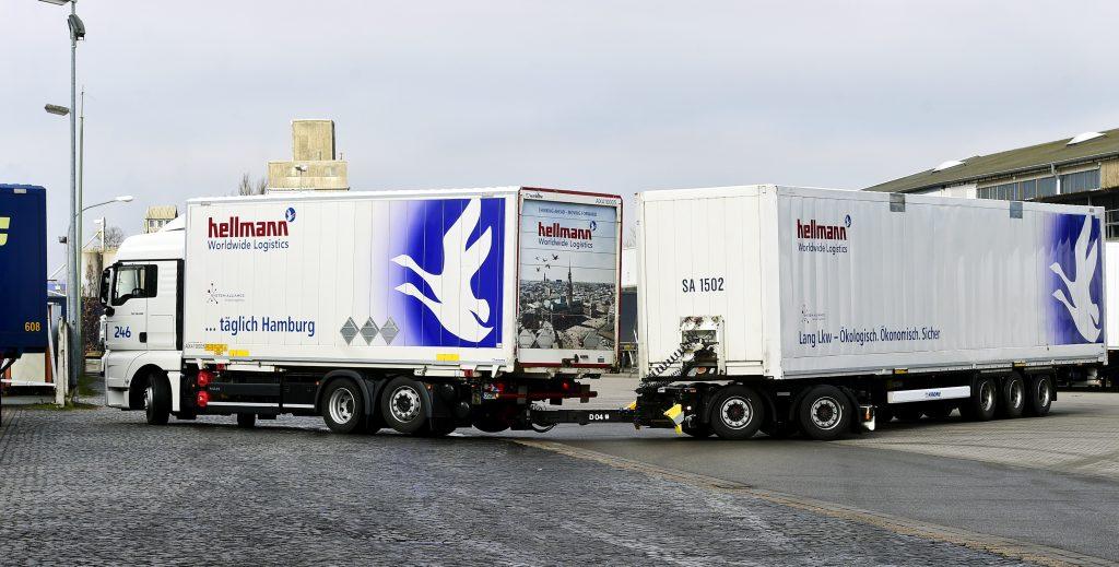 Gigaliner bei hellmann Worldwide Logistics