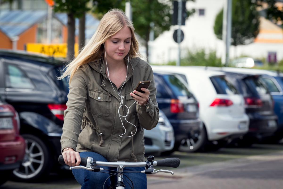 Ablenkung durch Smartphone